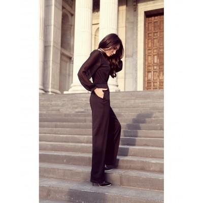 Salopeta eleganta lunga cu maneci lungi si pantaloni evazati neagra