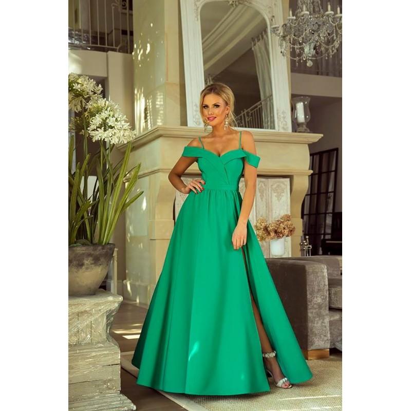 Rochie eleganta lunga cu umeri goi slit pe picior si bretele subtiri verde deschis